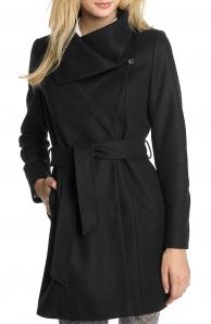 Černý zimní kabát výprodej