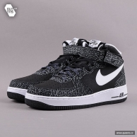 Nike Air Force 1 Mid '07 black / white