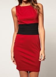Elegantní zeštihlující business šaty - cena 690 Kč
