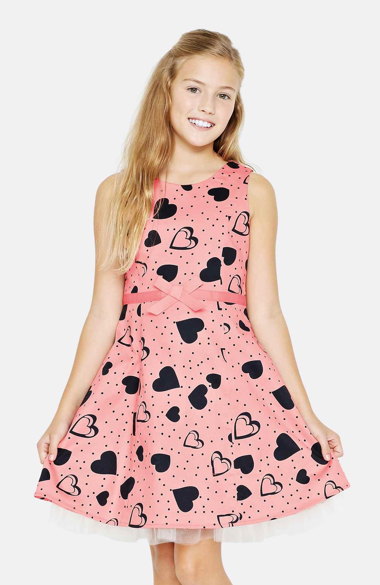Dívčí letní šaty z kolekcí FREE SPIRIT a NEXT 2013  aa91607886