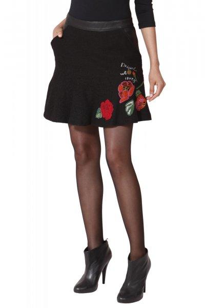 fa5356aea21 ... šaty Desigual výprodej Sukně Desigual ...