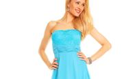Výprodej: Elegantní společenské šaty do 1000 Kč – akční nabídka eshopu i-moda